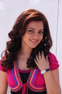 Nisha-Agarwal-Solo-Movie-Stills-CF-04.jpg