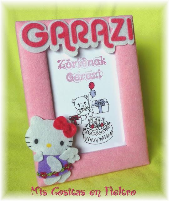 fieltro, marco para fotos, portafotos, fotos, niña, regalo, decoración, Hello Kitty