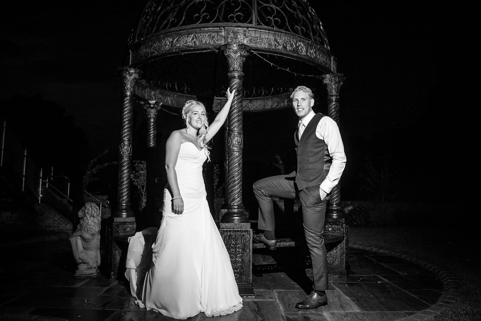 leigh and alex old thorns manor wedding paul thurlow