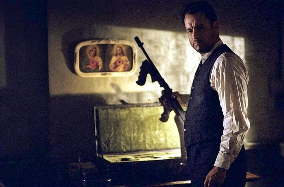 """Том Хэнкс прервал серию ролей «хорошего парня» ,   Tom Hanks interrupted by a series of roles of """"good guy"""""""