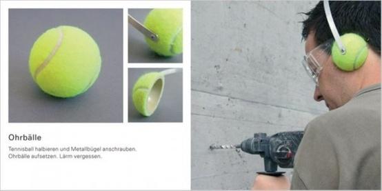 Cuffie insonorizzate con semisfere realizzate tagliando le palline da tennis