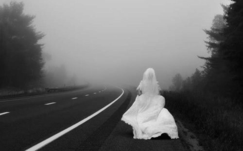 Bride wedding dresses and evening dresses show getting a cold feet getting cold feet on the day of your wedding is never a good feeling you can seriously hurt both your marriage partner and yourself if things arent junglespirit Images