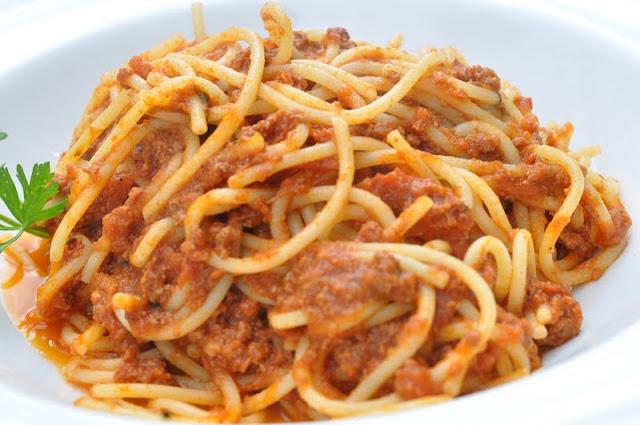 Dolcetto+Islington+Chapel+Market+review+Italian+restaurant+spaghetti+bolognese