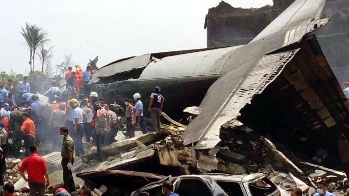 Kecelakaan Pesawat Herculer di Medan