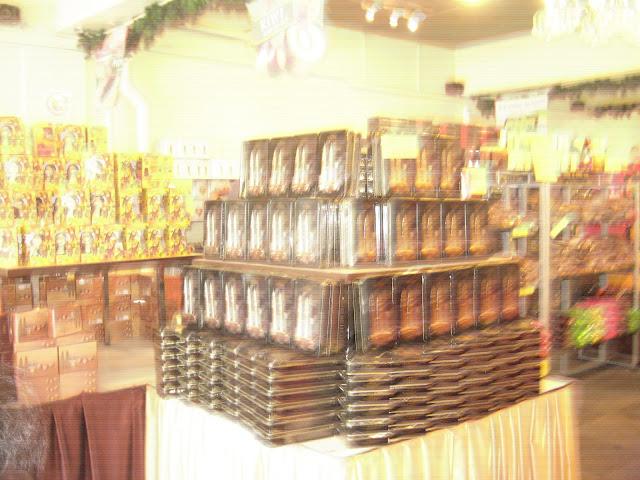 coklat yang berbagai jenis,almond coklat, murah, sedap, pelbagai saiz