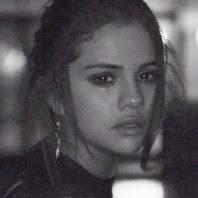 Selena Gomez lança música triste