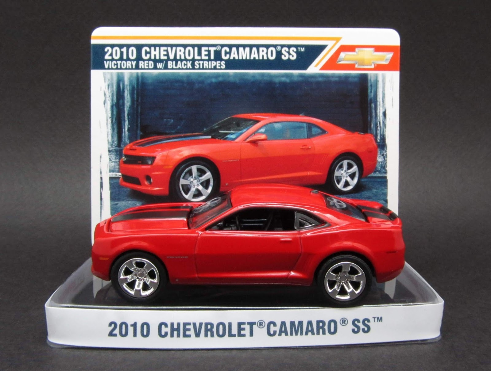 VICTORY RED 2010 CHEVROLET CAMARO SS GREENLIGHT 1:64 SCALE DIECAST METAL CAR