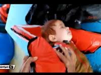 Bayi Imigran Selamat setelah Terombang ambing Di Lautan