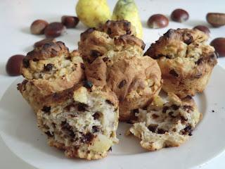 Muffins poire-chocolat à la farine de châtaigne sans gluten et sans lactose
