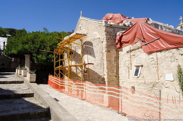 Монастырь Палиани (Moni Palianis)