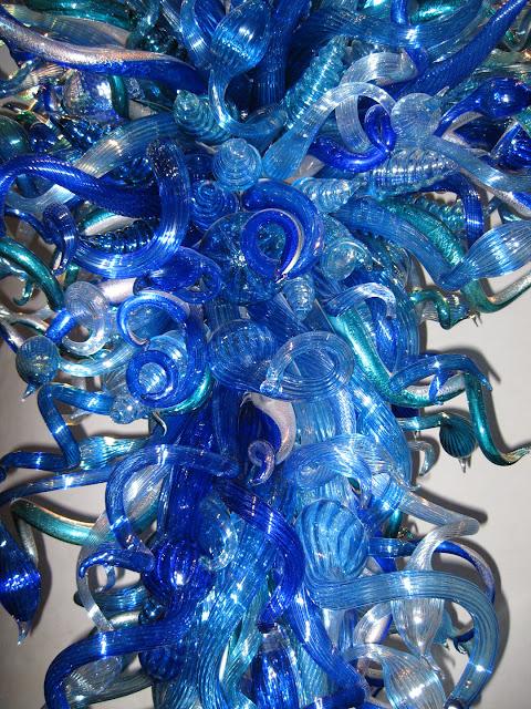 Azul de Medianoche Chandelier, 2010 chihuly