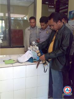 Anggota Polsek Bolo Tewas di Tangan Santri