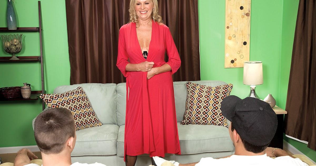 Bethany James Nude Photos 76