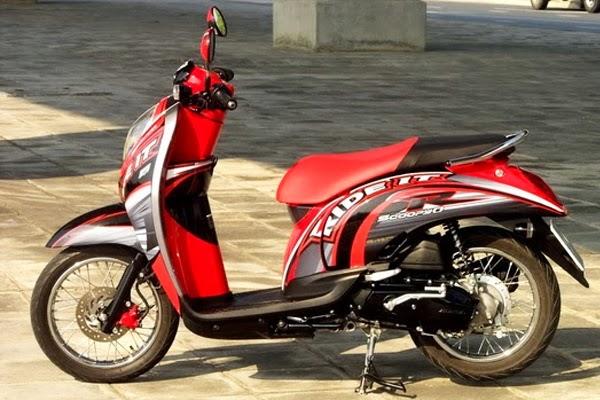Modifikasi Honda Scoopy Velg Jari-Jari