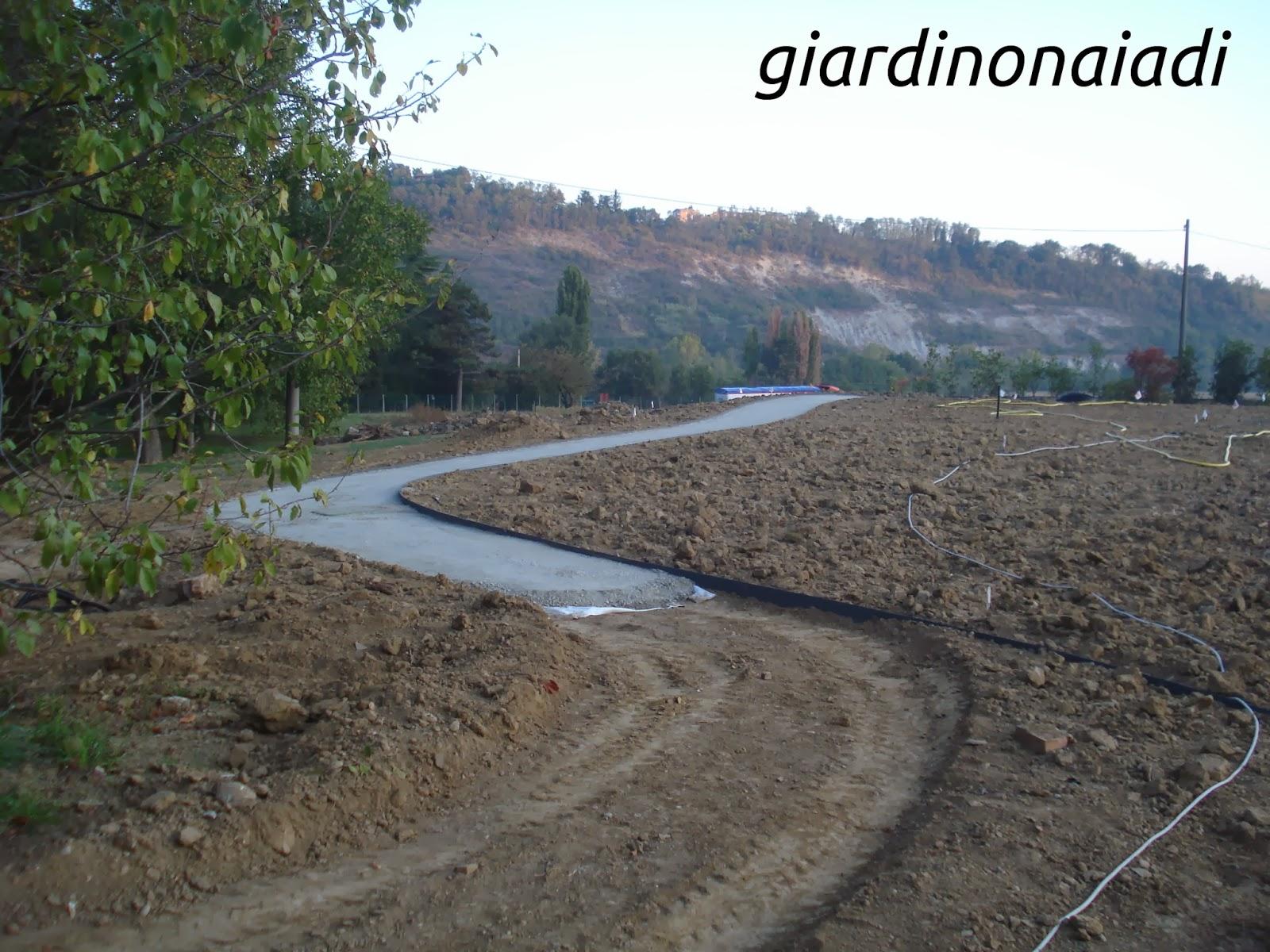 Vialetti in ghiaia wy12 pineglen for Ghiaia da giardino