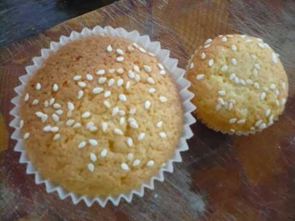 hamburger cupcake