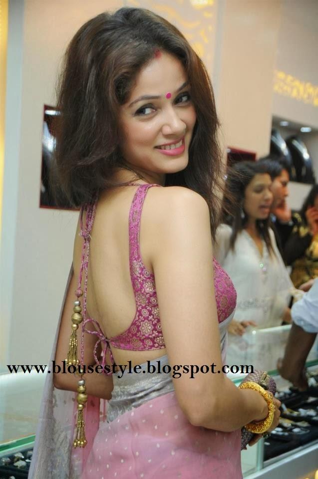 baby pink saree with banarasi back less blouse