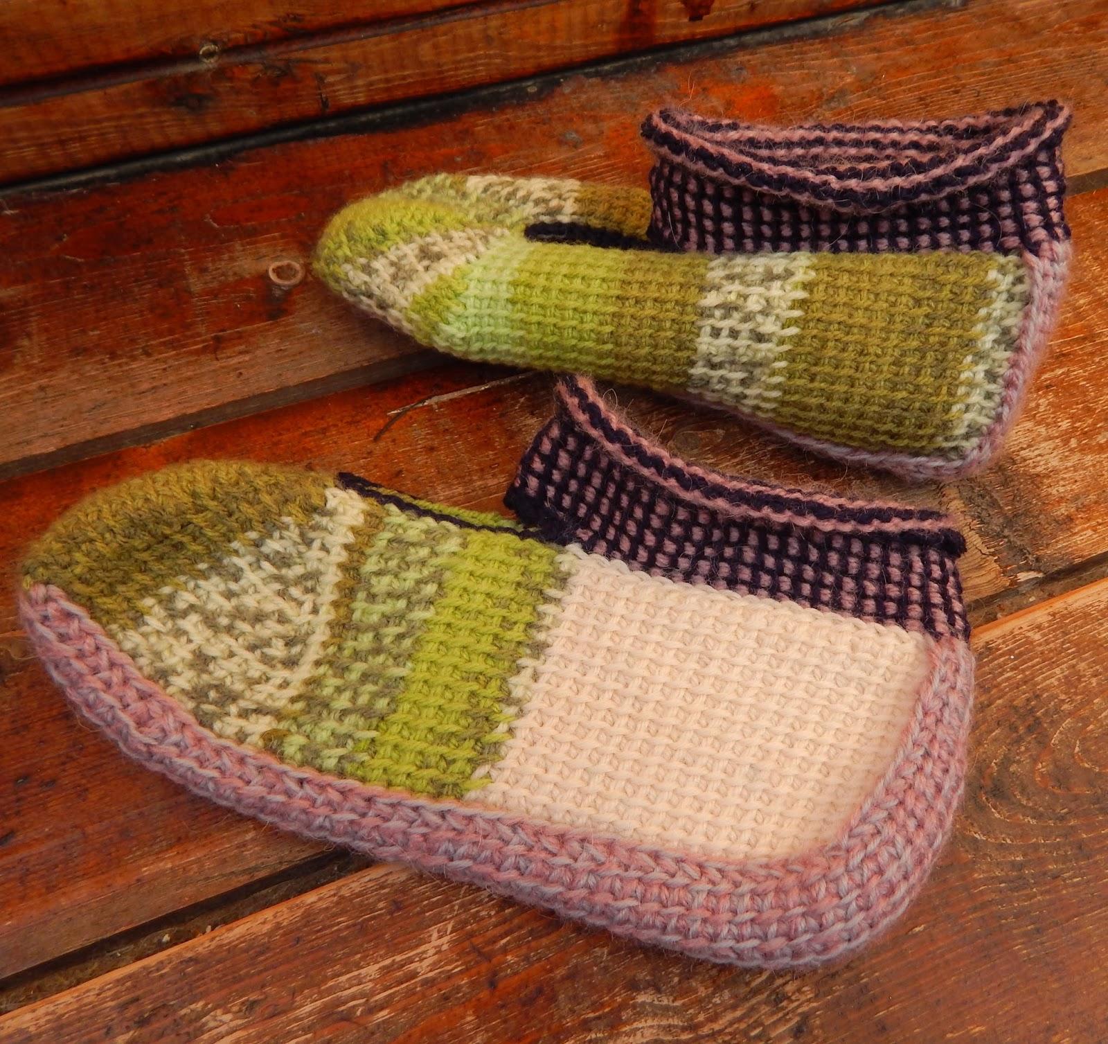 Как связать тунисским крючком (тунисское вязание ) носки, тапочки, следки?