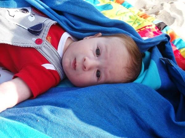 chłopiec 2 3 4 miesiące