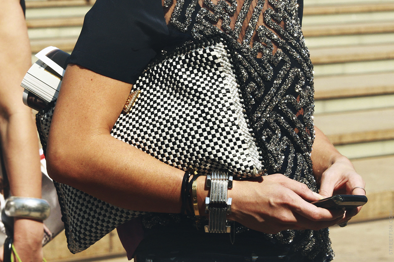 Fashion and Beats: Obsessed with... the big clutch, street style