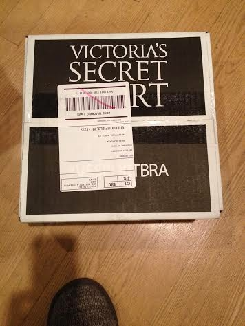 c4e418cb57a9c The Sweet Life: Victoria's Secret Package #VSSportBra