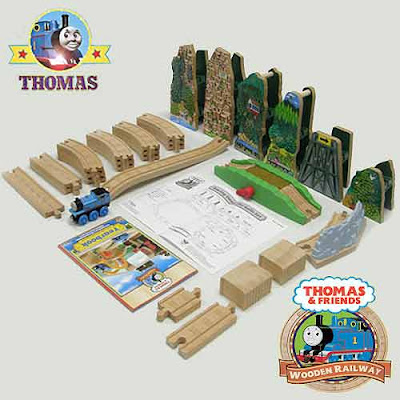 Kids educational toys Learning Curves Thomas & Friends Wooden Railway train track layout playset