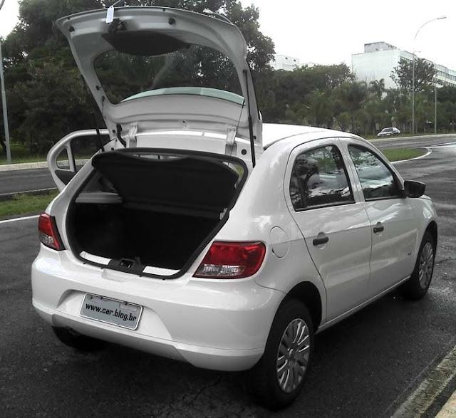 Volkswagen Gol G5 2011 1.0 Trend - porta malas
