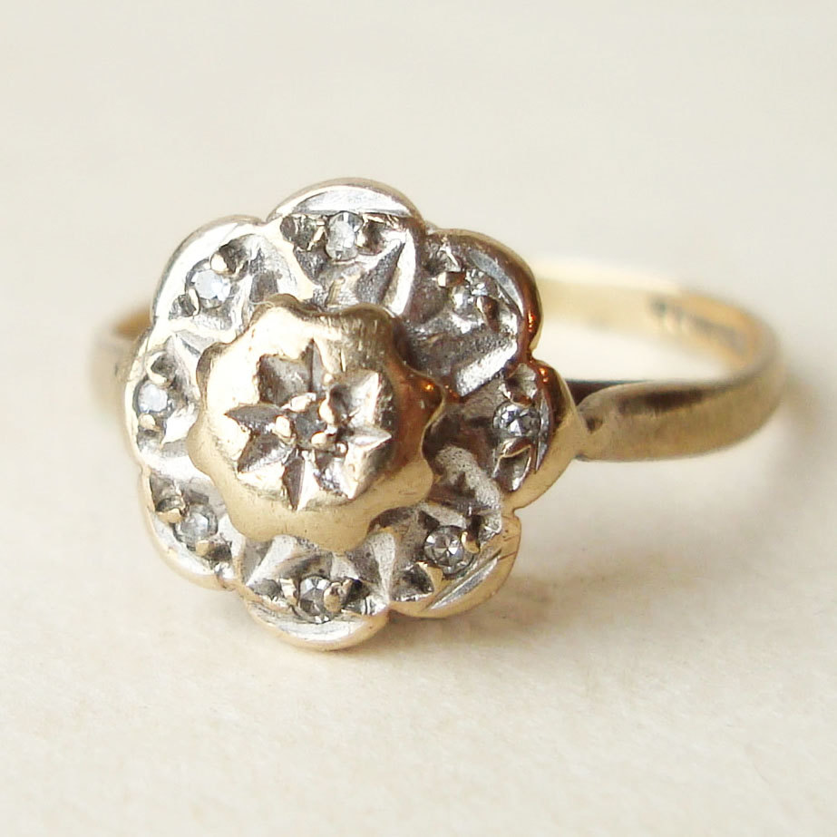 floral decorations Floral engagement rings