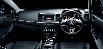 Mitsubishi Lancer EVO X interior
