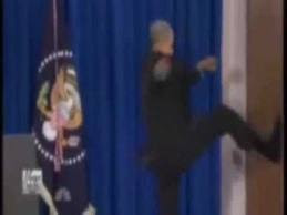 Obama loses his temper during Press conference