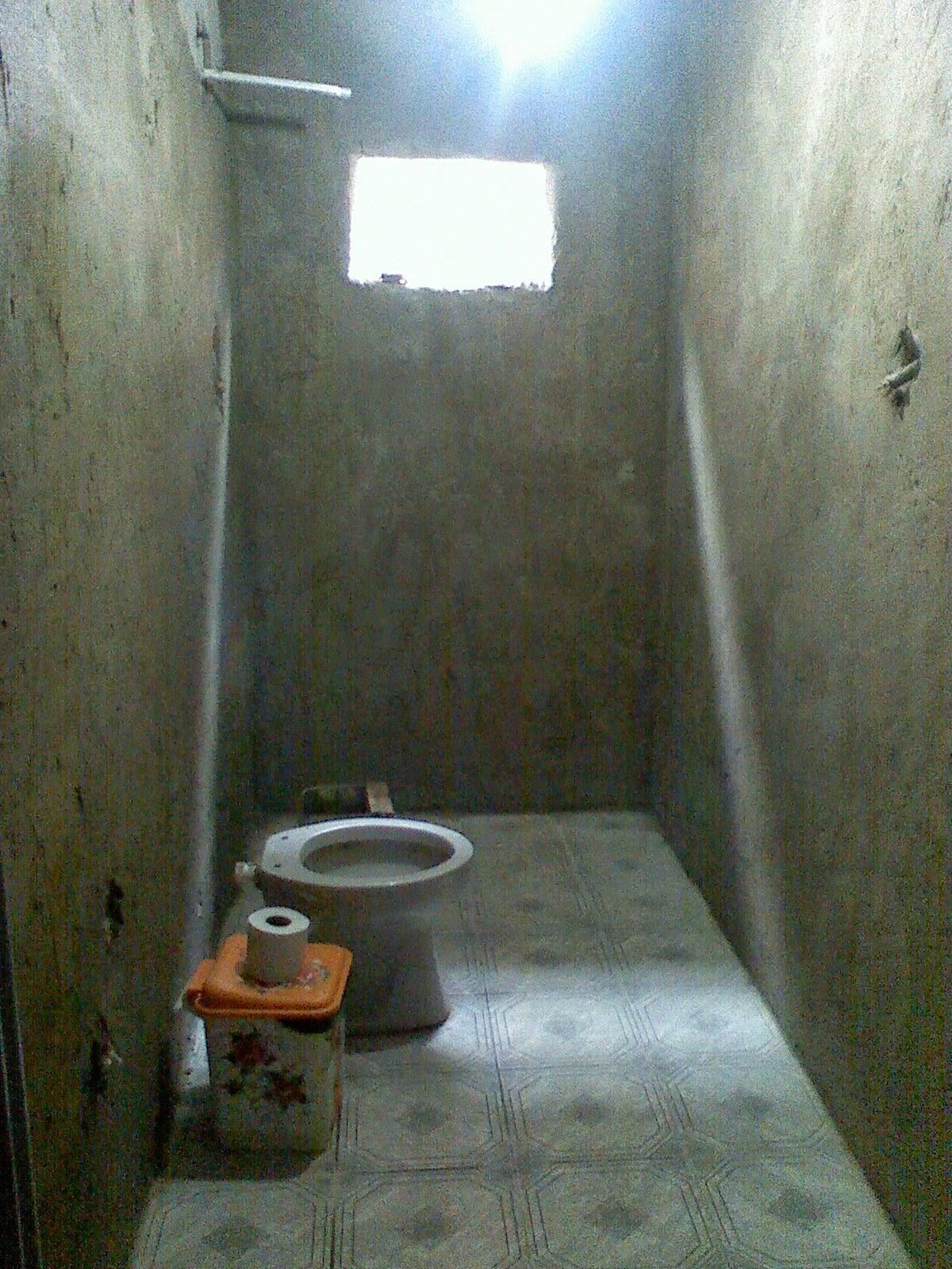Nossa Tão sonhada Humilde Residência A Casa Alheia Parte 4   -> Banheiro Feminino Bla Bla Bla