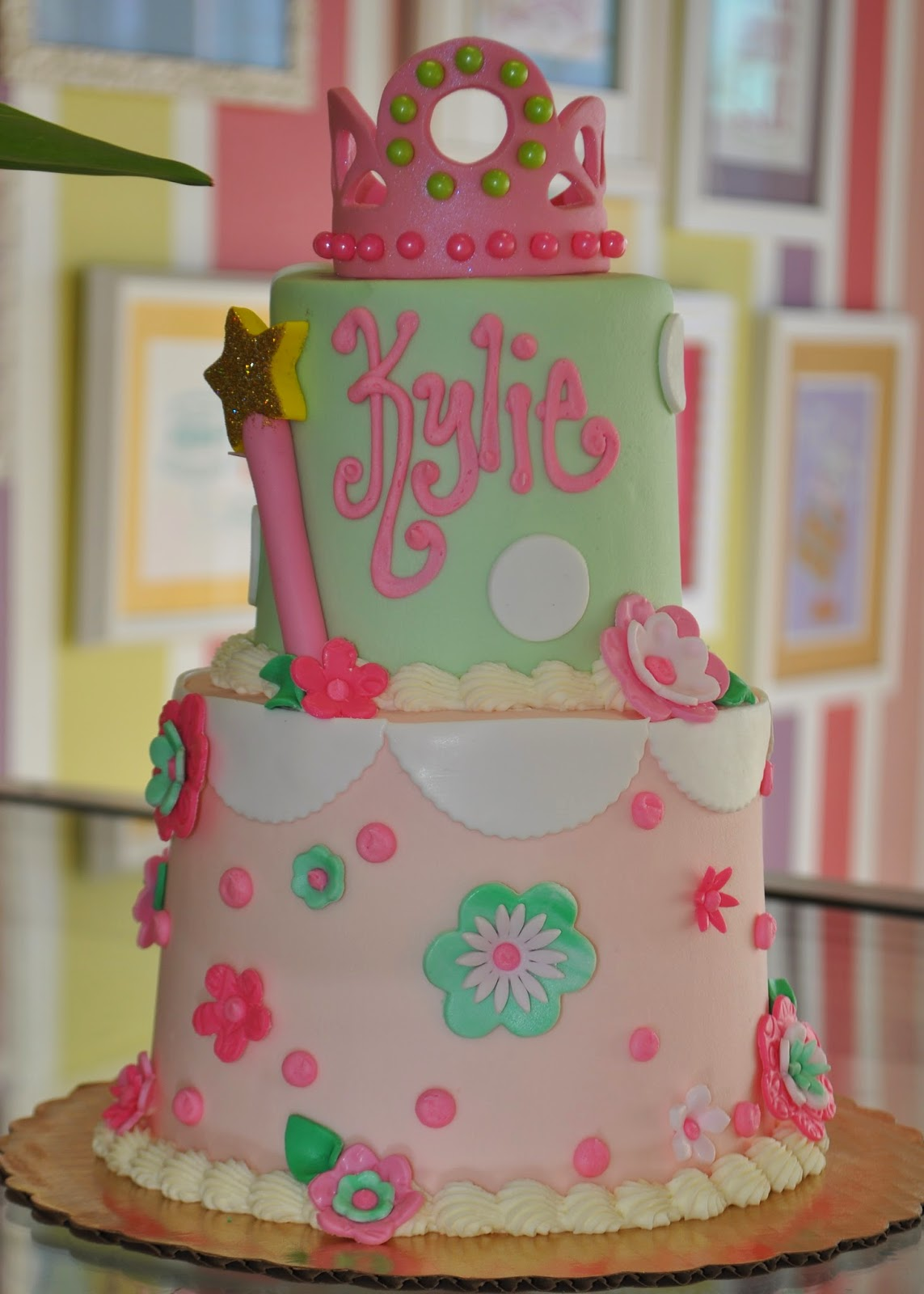 Owner And Cake Artist : Leah s Sweet Treats: Custom Cakes Leah s Sweet Treats Fort ...