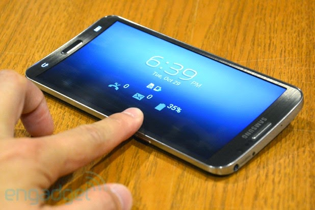 Samsung Galaxy Round Android Smartphone Review