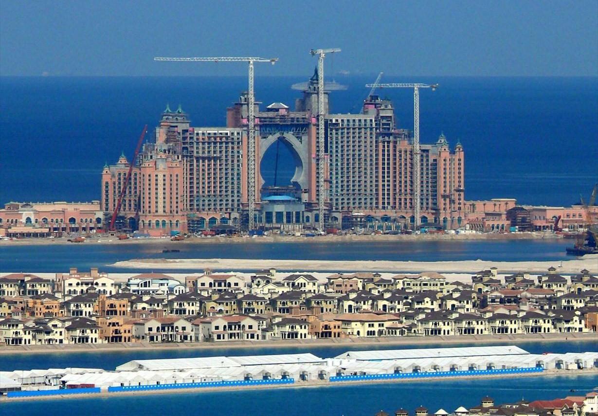 globe in the blog dubai united arab emirates part 1. Black Bedroom Furniture Sets. Home Design Ideas