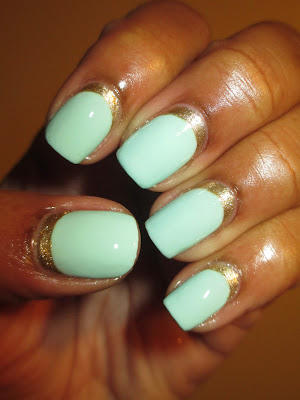 Essie, Mint Candy Apple, Ruffian, reverse french, funky french, mint, gold, nails, nail art, nail design, mani