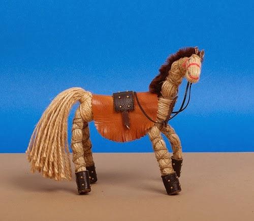 Лошадь из проволоки и ниток - Estamsk.ru