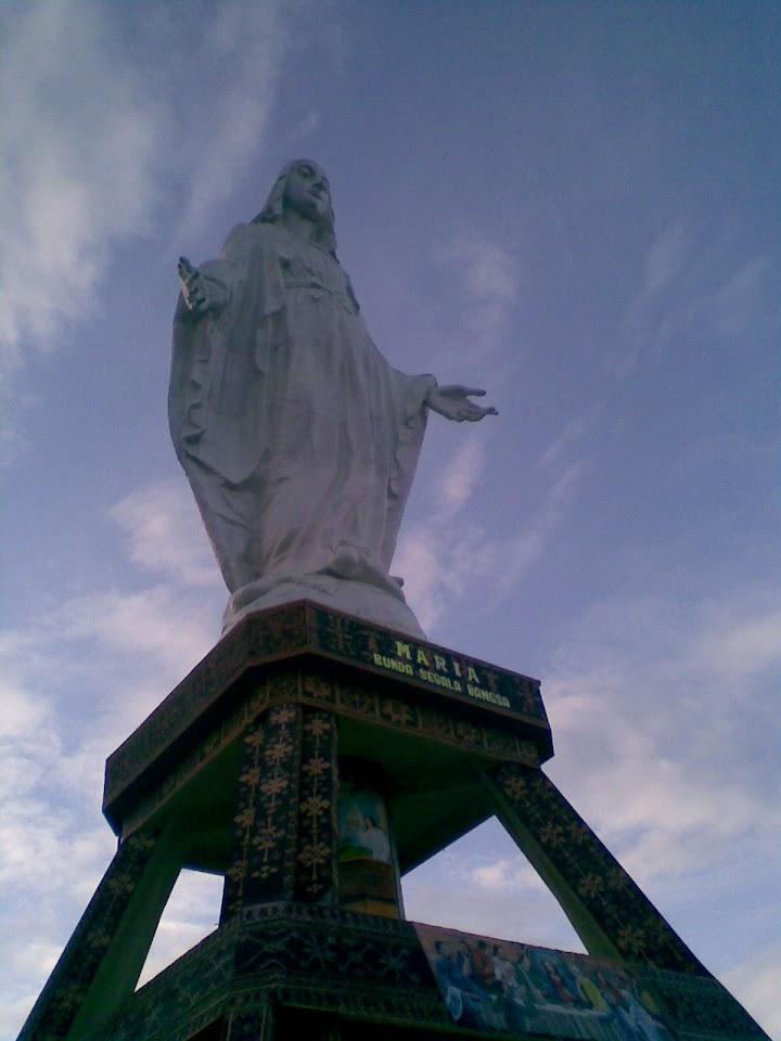 Patung Bunda Segala Bangsa
