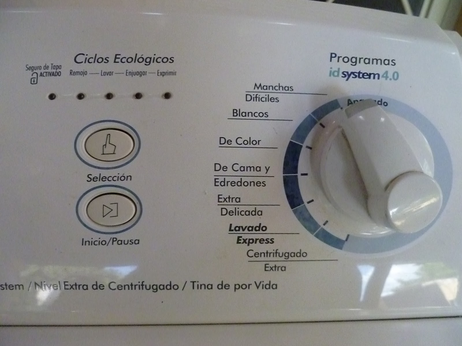 Debi in Merida: washing machine for sale, located in Merida, Centro!