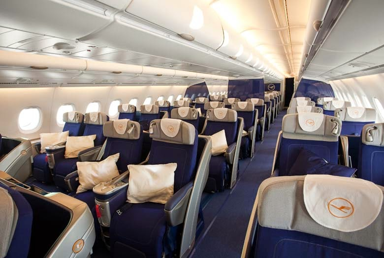 i pari travel big with lufthansa a380. Black Bedroom Furniture Sets. Home Design Ideas