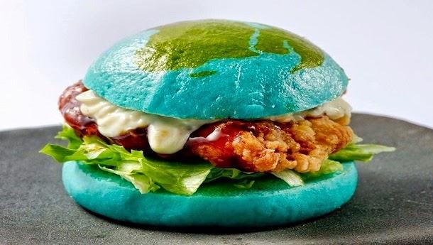 Museu japonês vende hambúrgueres azuis