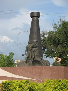 Escultura de IBELISSE LAGOS.
