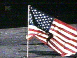 Moon landing hoax - crosshairs and flag