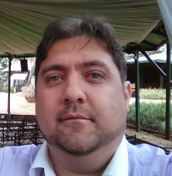 Rev Leandro Campos