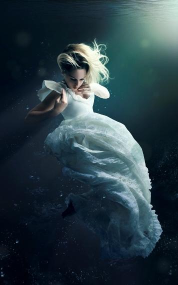 Inspiration and Crafts: Women Underwater
