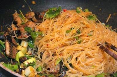Vietnamese Noodle Recipes - Miến Xào Lươn