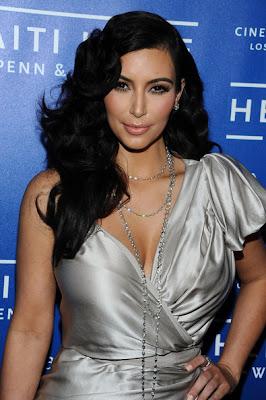 Kim Kardashian Long Curls Hairstyle Lookbook