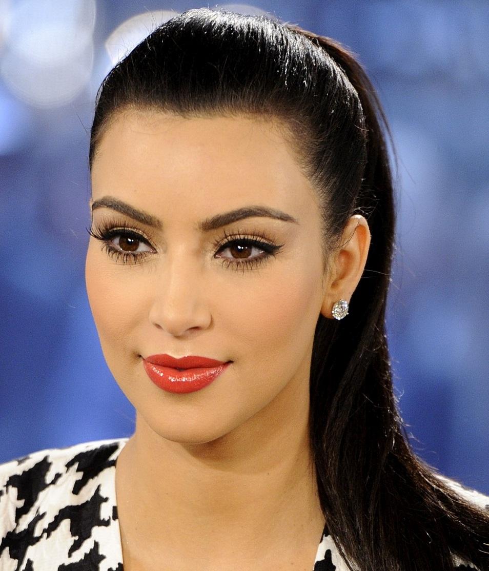 Kim Kardashian 34313 the images come in a range of sizes to suit your ... Kim Kardashian