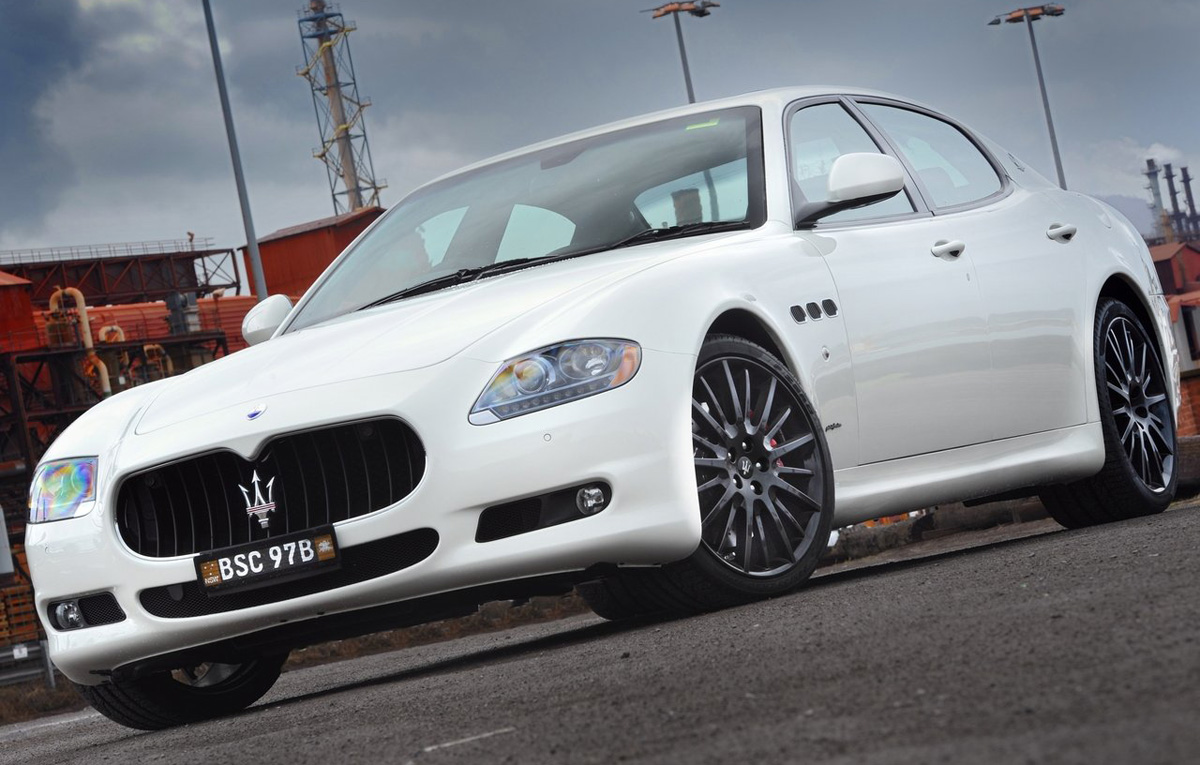 car specs review 2008 maserati quattroporte s specs engine review. Black Bedroom Furniture Sets. Home Design Ideas