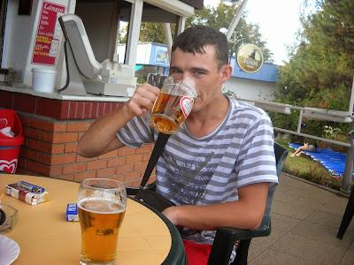 Baiat 20 ani, Bucuresti , id mess nokistu