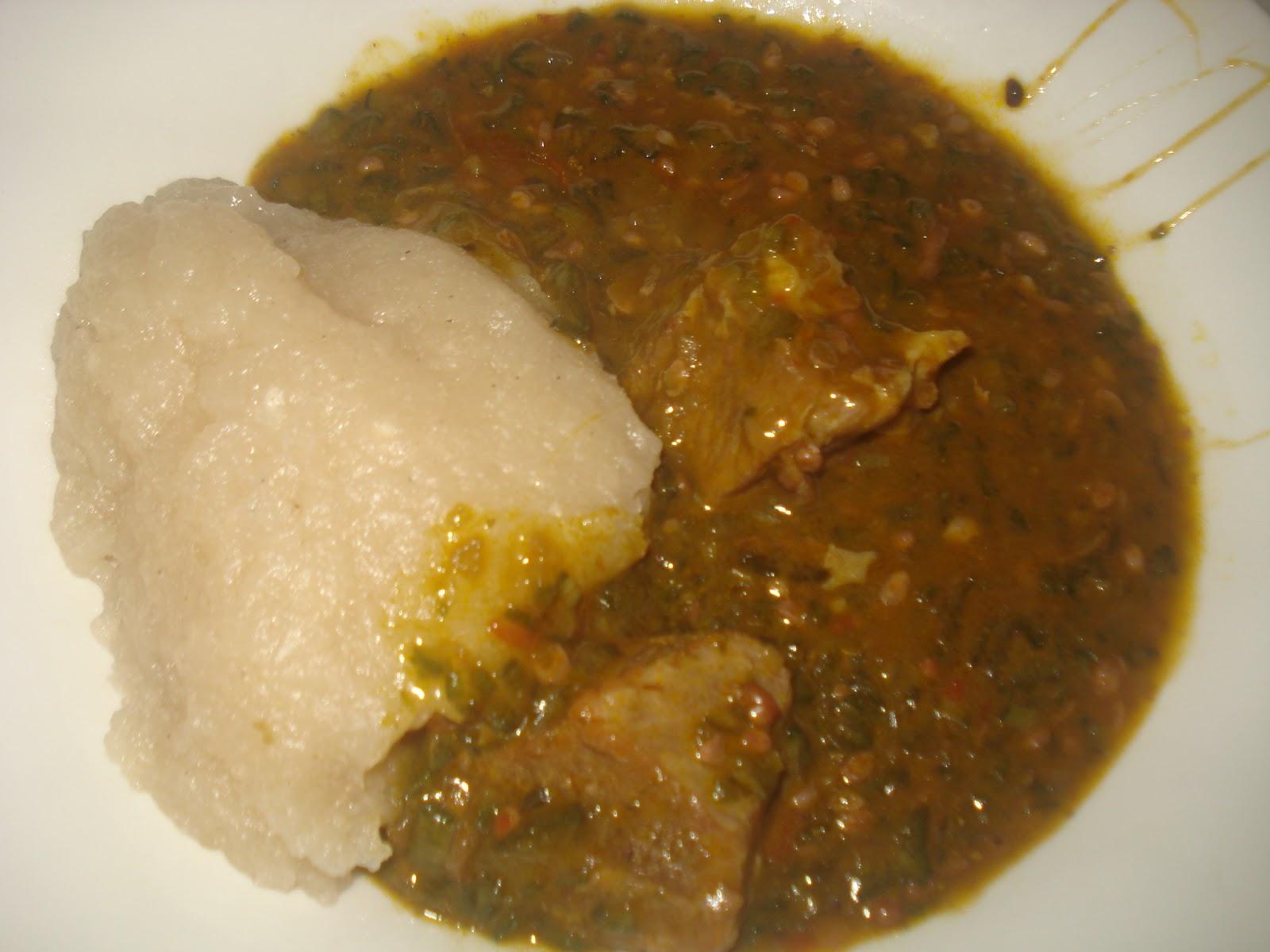 Gombo la viande accompagn de couscous de manioc la - Cuisine africaine camerounaise ...